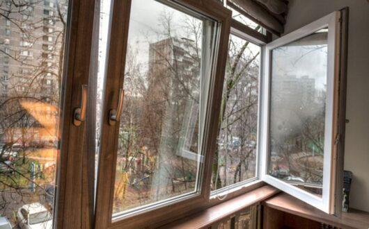 Откидные створки на балконе
